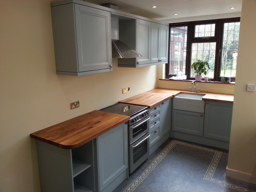Grey Kitchen With Oak Doors